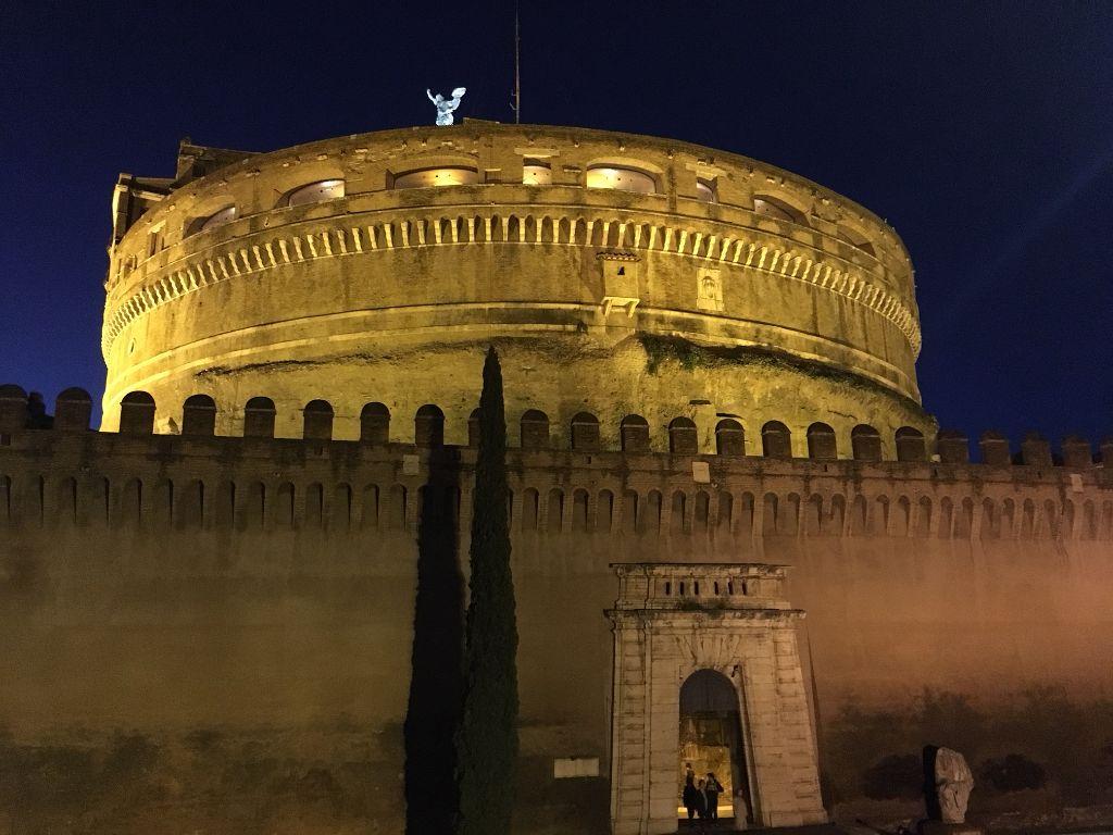 Roma da paura: visita guidata serale dedicata ai fantasmi di Roma