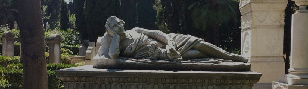 Tour con guida al cimitero acattolico di Roma a Testaccio