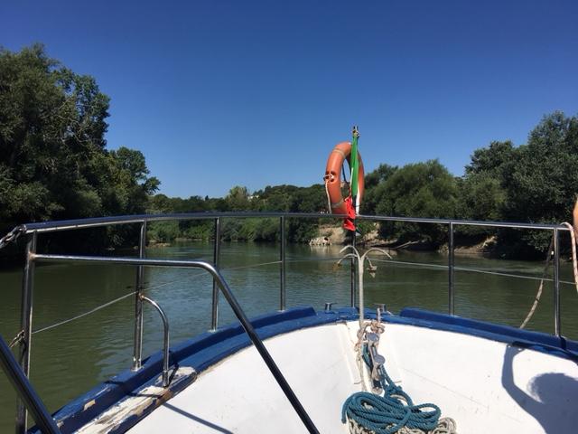 Navigazione in motonave sul Tevere da Ponte Marconi e visita guidata archeologica agli scavi di Ostia antica