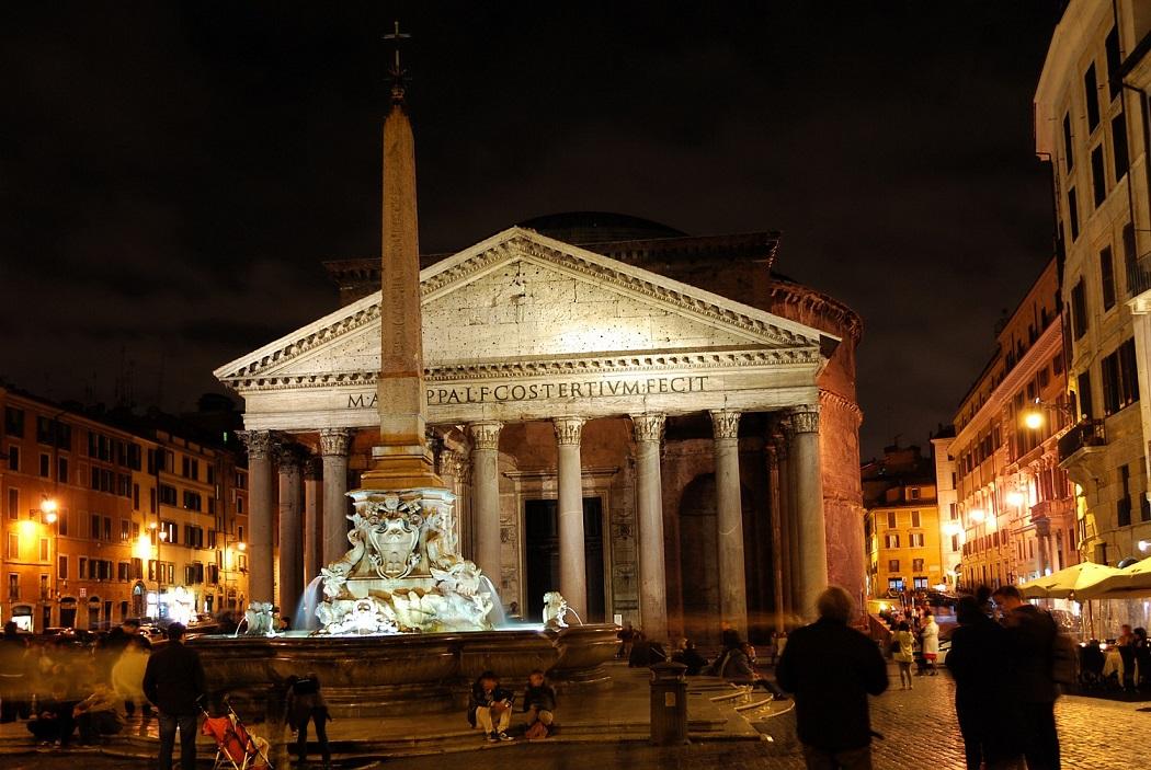 visita notturna spettri e anime dannate a Roma dal Pantheon a Castel sant'Angelo