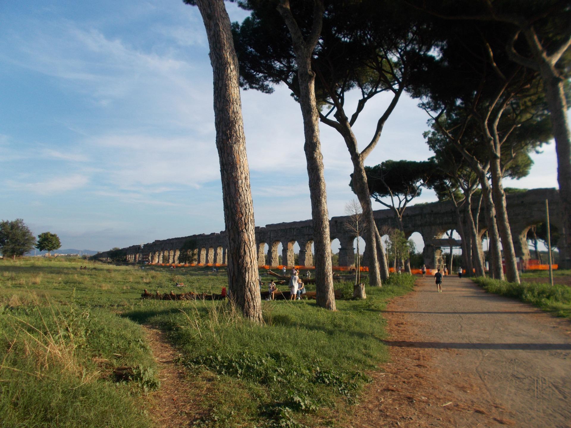 Visita guidata gratuita al Parco degli acquedotti di Roma, organizzata dalla associazione Roma Bella