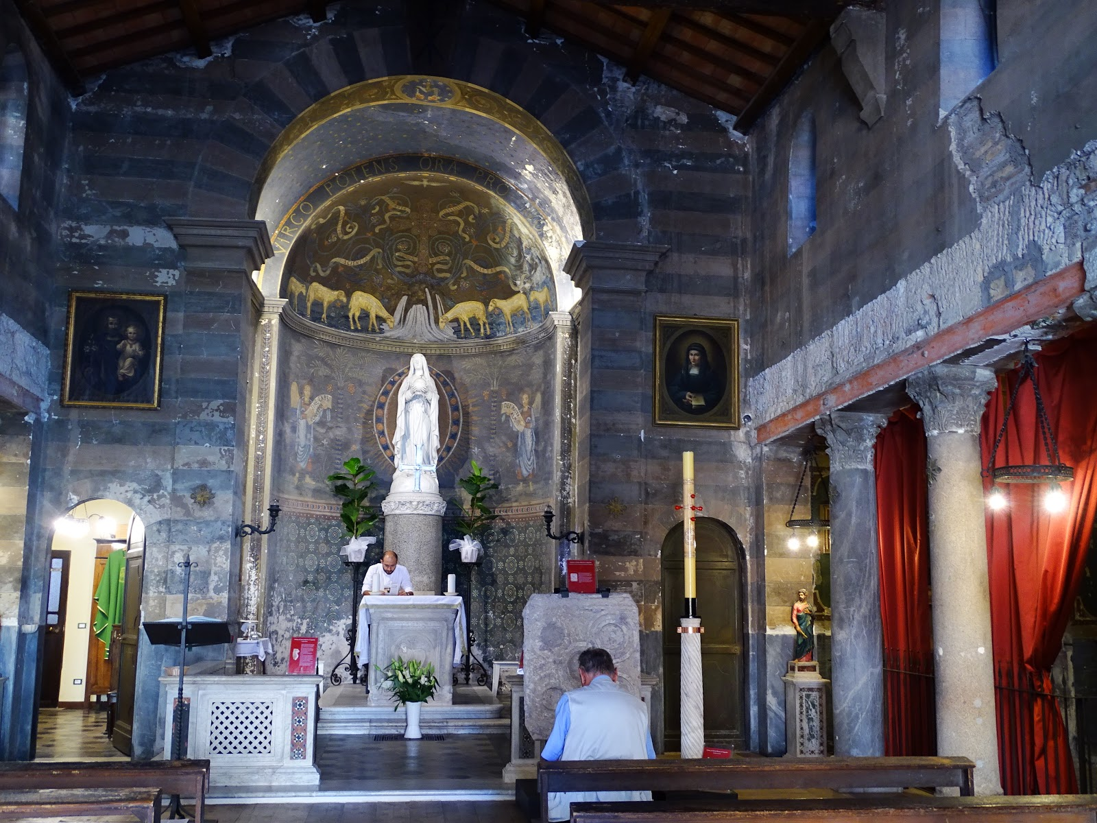 basilica di Santa Maria in Cappella a Trastevere Roma