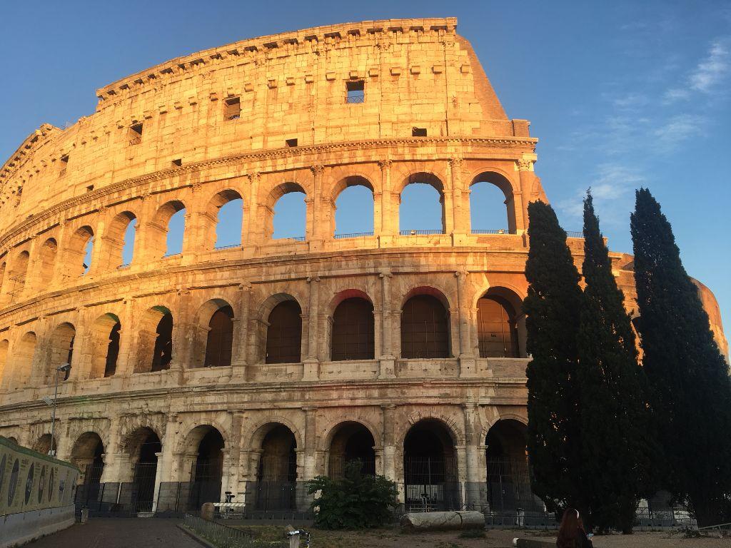 Visite guidate a Roma del Colosseo, dei fori imperiali e del Palatino con guida archeologa